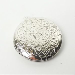 Picture locket, butterfly engraved